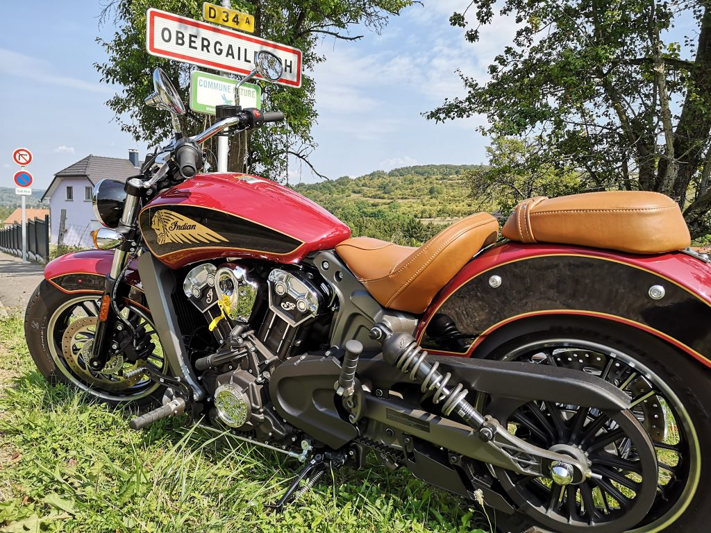 Indian Scout Motorrad links